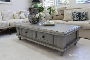 The best suggestions to revamp your old coffee table